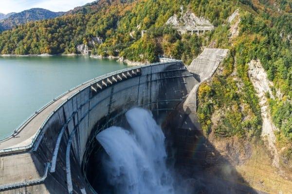 kurobe dam and rainbow U4AUB5P